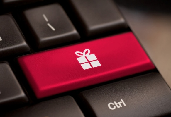 holiday tech gifts-598064-edited.jpg